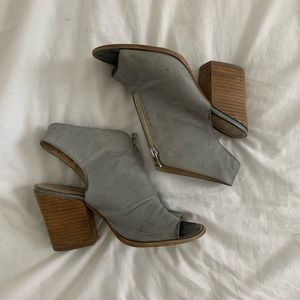 Shoemint Grey Zip Up Chunky Heels | 37